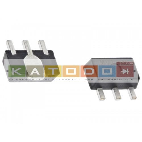 Regolatore di tensione lineare MCP1754ST-3302E/MB, 0.15A, 3,3 V, 0.4%, SOT-89, 3-Pin